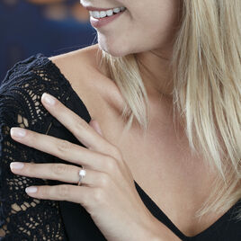 Bague Solitaire Fiona Or Blanc Diamant Synthetique - Bagues avec pierre Femme | Histoire d'Or