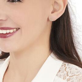 Boucles D'oreilles Puces Alvina Ruban Or Jaune Oxyde De Zirconium - Clous d'oreilles Femme | Histoire d'Or