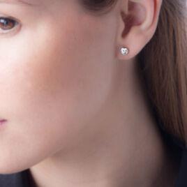Boucles D'oreilles Puces Coeur Serti Clos Or Blanc Oxyde De Zirconium - Boucles d'Oreilles Coeur Femme | Histoire d'Or
