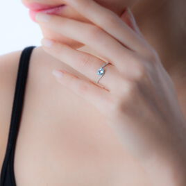 Bague Loriane Or Blanc Quartz Et Diamant - Bagues solitaires Femme | Histoire d'Or
