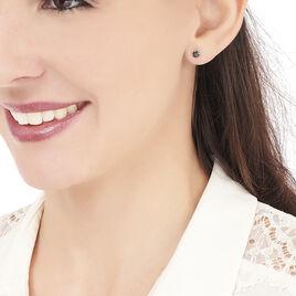 Boucles D'oreilles Puces Elea Serti Griffe Or Jaune Saphir - Clous d'oreilles Femme | Histoire d'Or