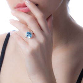 Bague Anna Or Blanc Topaze Et Diamant - Bagues avec pierre Femme | Histoire d'Or