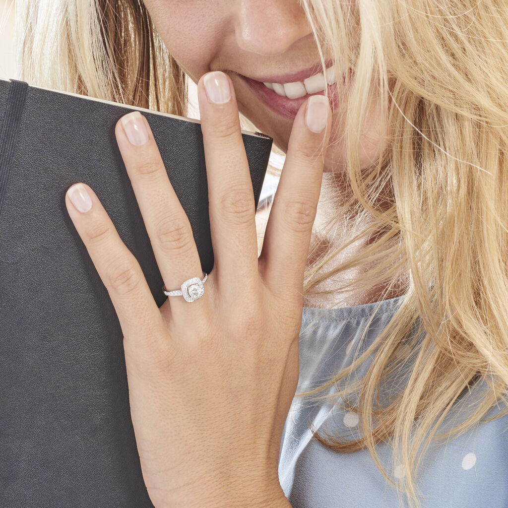 Bague Solitaire Raiponce Or Blanc Diamant Synthetique