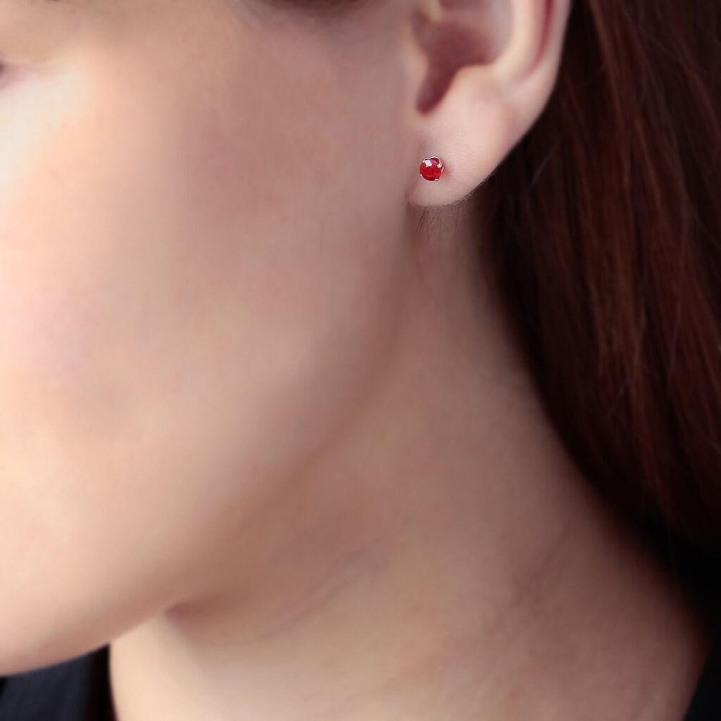 Boucles D'oreilles Puces Elea Serti Griffe Or Jaune Rubis - Clous d'oreilles Femme   Histoire d'Or