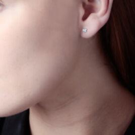 Boucles D'oreilles Puces Eleanor Fleur Or Blanc Oxyde De Zirconium - Clous d'oreilles Femme | Histoire d'Or