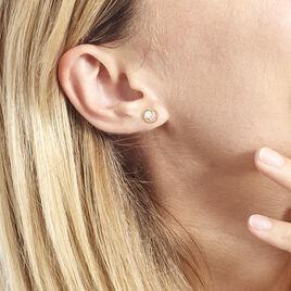 Boucles D'oreilles Puces Kamilka Or Jaune Nacre Et Oxydes - Clous d'oreilles Femme | Histoire d'Or