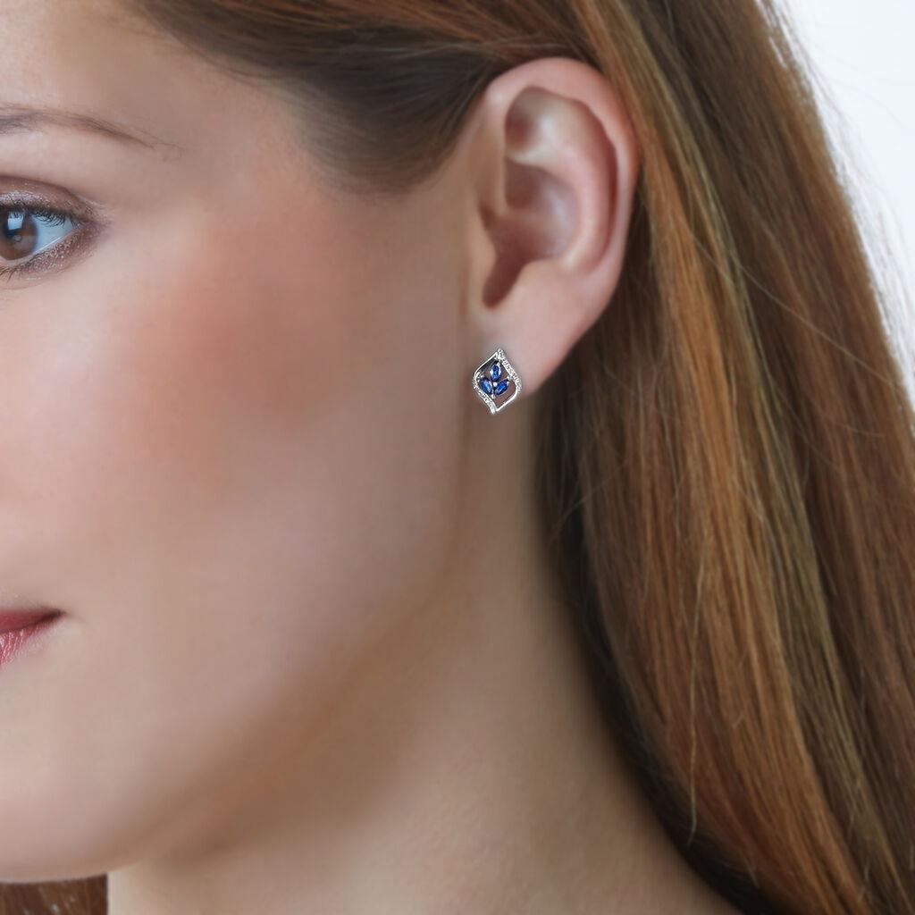 Boucles D'oreilles Puces Or Blanc Saphir Et Diamant - Clous d'oreilles Femme | Histoire d'Or