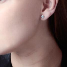 Boucles D'oreilles Puces Eden Serti Pneu Or Blanc Oxyde De Zirconium - Clous d'oreilles Femme   Histoire d'Or