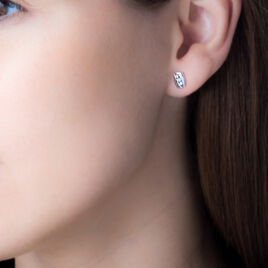 Boucles D'oreilles Puces Infinity Or Blanc Diamant - Boucles d'Oreilles Infini Femme | Histoire d'Or