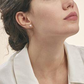 Boucles D'oreilles Puces Magnolia Or Blanc Diamant - Clous d'oreilles Femme | Histoire d'Or