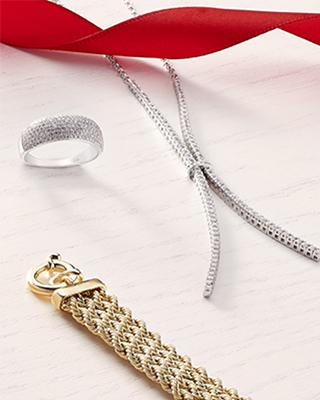 Bijoux Plus de 200€